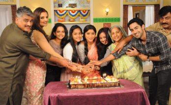 Ranju-Ki-Betiyaan-Cake- 100-Episodes-Cake-Cutting-Ceremony.jpg
