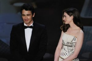 2011: James Franco And Anne Hathaway Bomb As Hosts
